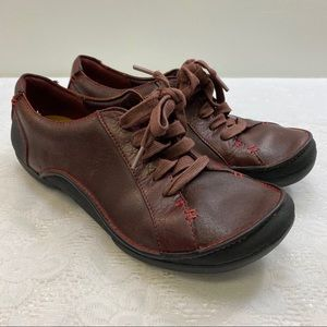 Clark's Artisan. Women's Shoes. Size 7 1/2 M.
